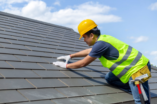Hire a Licensed Professional for Your Commercial Roofing Needs