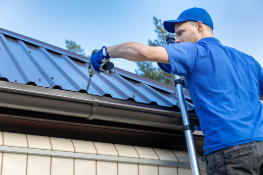 Why You Must Hire a Roofing Specialist for Your Home